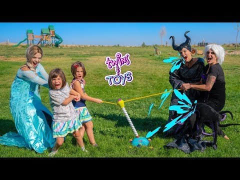 Xxx Mp4 Frozen Elsa Kate And Lilly Tug O War Vs Maleficent And Ursula 3gp Sex