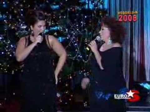 Sibel Can & Nesrin Topkapi dans dersleri