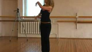 راقصة روسية تعلم الرقص الخليجي (كاميرا واحدة ثابتة)