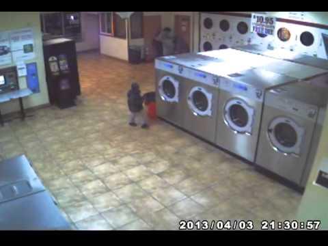Girl pee on laundry floor in public J K