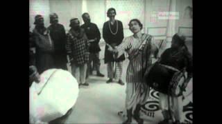 GUPI GAYEN BAGHA BAYEN-Deleted song(O raja shono)