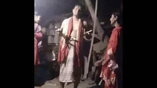 আমার চাচার লুঙ্গি ডান্স দেখুন
