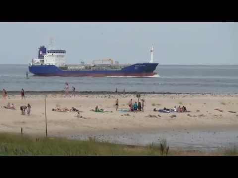 Shipspotting in Cuxhaven Container Schiffe auf der Elbe