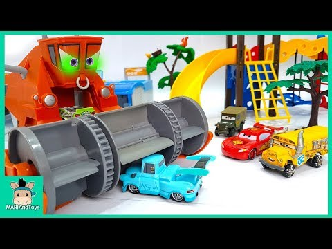 Xxx Mp4 Lightning Mcqueen Play With Car Swimming Pool Disney Pixar Cars Fun Toys For Kids MariAndToys 3gp Sex
