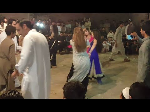 Xxx Mp4 Beautiful Girls Dance Peshawar Mujra New Pashto Mujra 2017 Beautiful Girls 3gp Sex