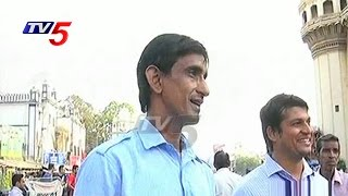 Free Food for Poor People | Azhar Bhai Special Story | TV5 News