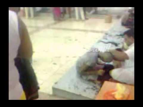 Young Girl Headshave in Tirumala - Mottai Tamil