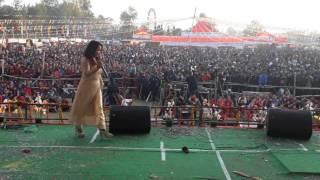 धनगढीमा जानकी तारमी मगर को धमाका Nepali live lok dohori song by Janaki Tarami Magar