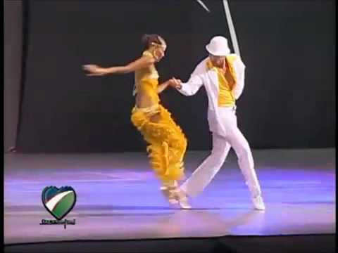 excelentes bailarines de salsa YouTube