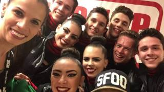 Andreia Mendes Family - Varsity