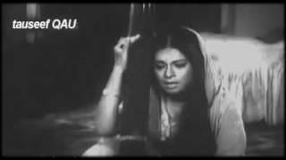 Lata Mangeskar -HAM HAIN MATA-E-KOOCHA-O-BAZAR KI TARAH from Dastak
