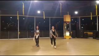 They don't know - ariana grande (cover dance ) by ummu ft reyna