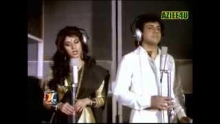 Bali Umar Ne Mera Haal Woh Kya { The Great Muhammad Aziz & Lata Mangeshkar} *Awaargi (1990)*