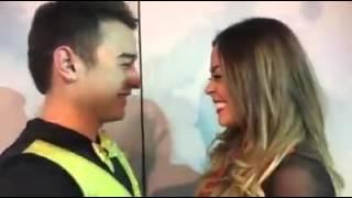 Jerry Hernández y Gaby Ramirez Se Besan