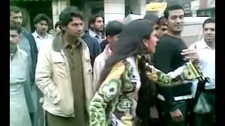 Lahori Girl Fight Pondi ka  anjam
