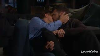 Aaron & Robert - THE KISSES (12)