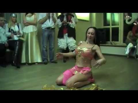 Taniec brzucha w DW Karkonosze