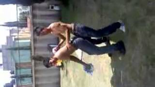 baile sin camisa por el amigo fernando antonio.3gp