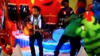 "Yo Gabba Gabba Super Music Friend Show with THE ROOTS ""We Have Fun"""
