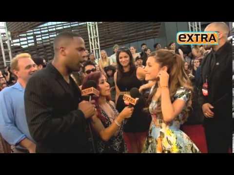 Xxx Mp4 Celebs Twerk For Extra TV On MTV VMA S Red Carpet 3gp Sex