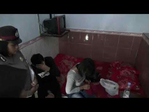 www.pojokpitu.com : Razia Losmen, 4 Pasangan Mesum Digelandang Polisi