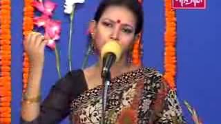 Mukta Shorkar Bangla Folk song Tumi kar lagiya gatho bokul Fuler mala