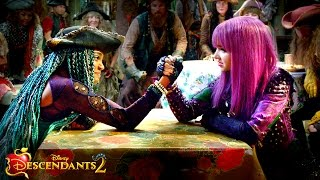 UMA vs. MAL: VK Drama Revealed!! | Descendants 2