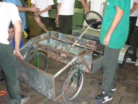 Carrinho a pedal