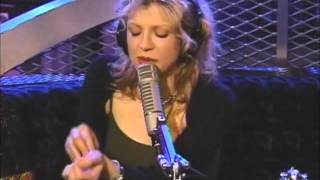 Courtney Love talks about the film Kurt & Courtney in 1998