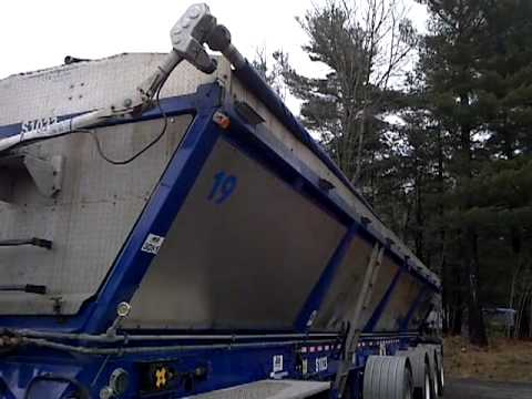 ABS model RC 448 live bottom trailer