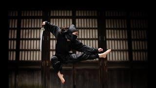 Who will win: Japanese Ninja vs Chinese Shaolin Monk?