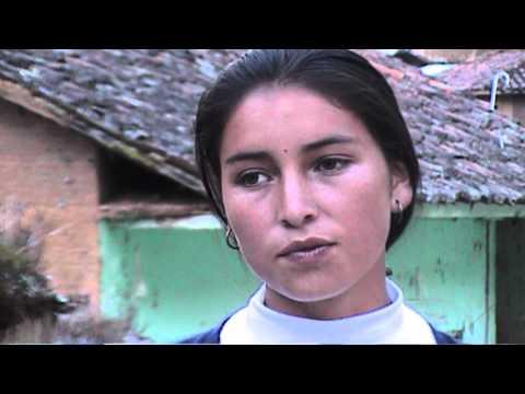 CANTANDO FLOR LEON DE ARANCAY HUAMALIES HUÁNUCO PERU