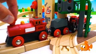 COWS LUNCH! - BRIO Toys Farm - Toy Train set construction - Toy unboxing with Ladybugs