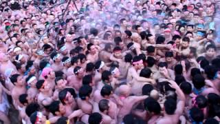 裸祭りThe Japanese Naked Festival : 裸祭り (Raw video.)