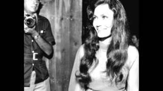 Loretta Lynn - Too Far
