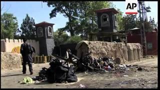 Pakistan - Taliban twin bombers kill 42 at shrine in Dera Ghazi Khan / Blasts kill 80 at paramilitar