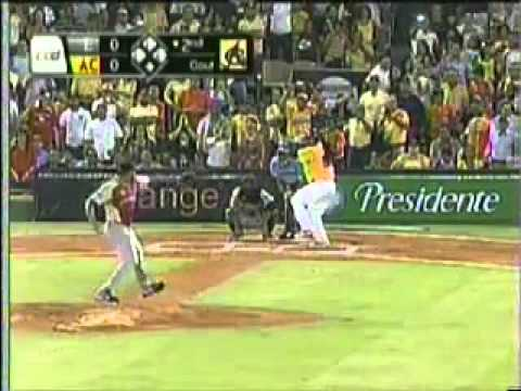 Manny Ramirez conecta un Homerun en su primer turno con las Aguilas