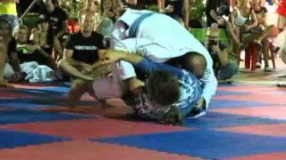 Vic Dorfman x Tarek Suleiman - Phuket BJJ Tournament at Chinese Temple (Blue Belt)