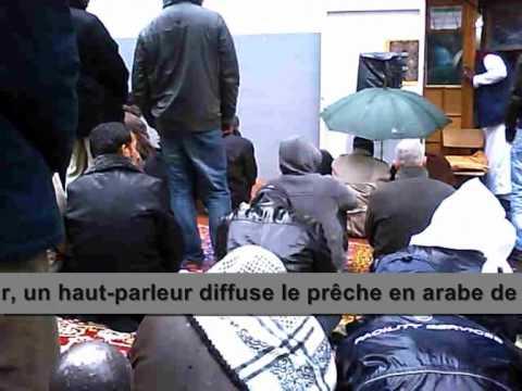Xxx Mp4 Des Musulmans Prennent Le Contrôle De Deux Rues De Barbès 2 Avril 2010 3gp Sex