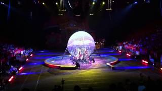Motorbike Driving in Cage (Circus Ringling Bros. (Dragons))