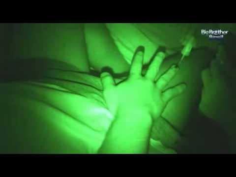 EXCLUSIVO Imagens de Tessália e Michel transando embaixo do edredon .wmv