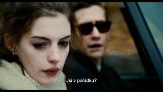 Láska a jiné závislosti (Love and Other Drugs) - český trailer
