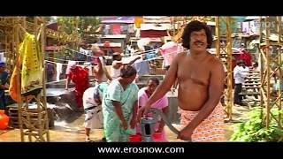 Vadivelu made naked by a boy - Nagaram