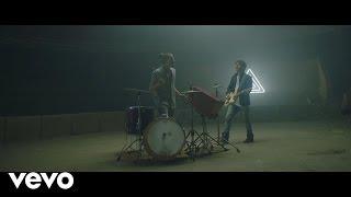 Mau y Ricky - Para Olvidarte (Official Video)