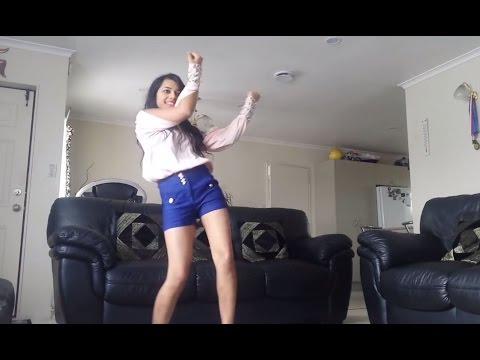 Mind blowing Sweet & Sexy indian girl dance - CrazyGirlDance