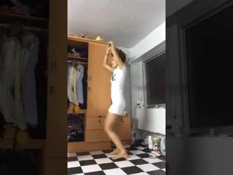สาวเวียดนามหุ่นดี (นางบอกหัดเต้น)