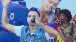 MC Vitão agita a plateia do Legendários com o hit