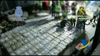 Incautan casi 4 toneladas de cocaína en alta mar