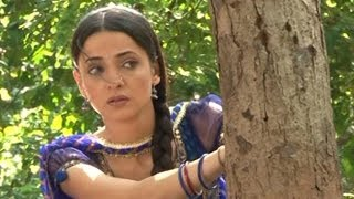 Khushi INVESTIGATES about Arnav in Iss Pyar Ko Kya Naam Doon 28th May 2012