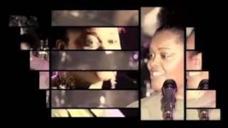 Jill Scott  - He Loves Me (Live in Paris)